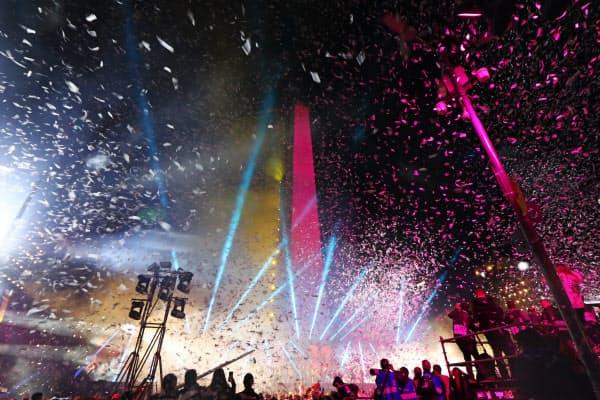 ブエノスアイレスのシンボル「オベリスコ」を舞台に行われた開会式