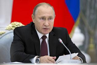 ロシアは米ロ中の3カ国による中距離核戦力の新たな枠組みを模索する(ロシアのプーチン大統領)=AP