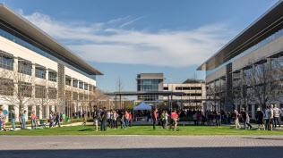 アップルは10億ドルを投じてテキサス州オースティンに新社屋を設ける(写真は同地区にある既存拠点)