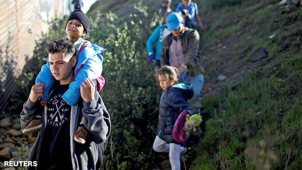 中米移民集団、ホンジュラスへの強制送還者が6割増