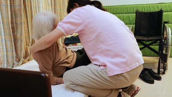 介護報酬改定案が決定、特定処遇改善加算を創設