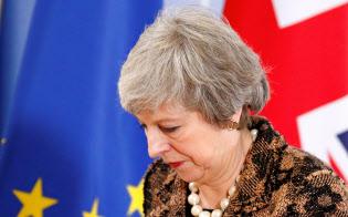 メイ英首相は次期総選挙前の党首辞任を表明したが、離脱案可決のメドは立たない=ロイター