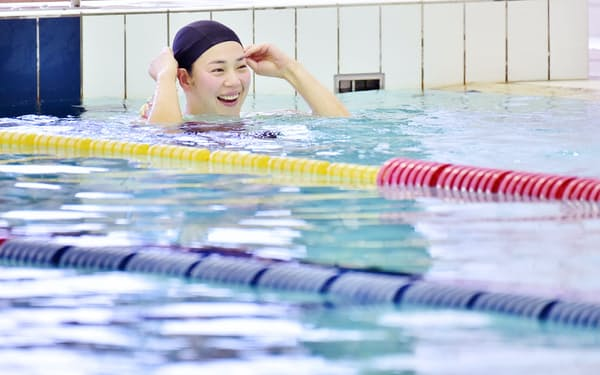 千葉すずは引退後、地方の小さなスイミングクラブにも足を伸ばして水泳を教えてきた(2018年12月、大阪府堺市の市立健康福祉プラザ)
