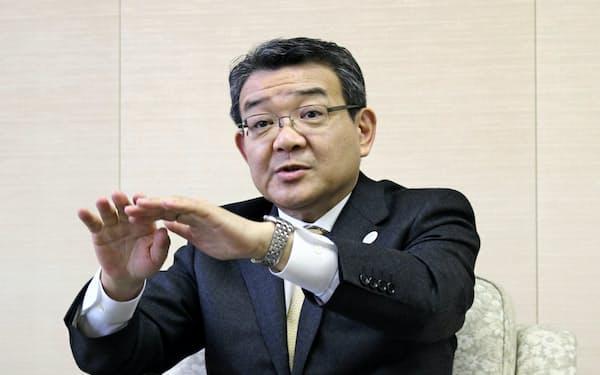 関西みらいフィナンシャルグループと関西みらい銀行の社長を兼務する菅哲哉氏