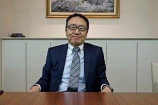 インタビューに応じたソフトバンクの宮内謙社長
