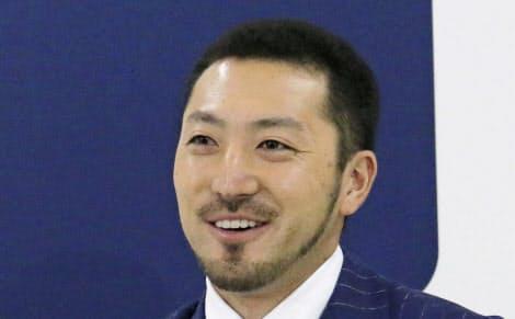 菊池はオフの契約更改で将来のポスティングシステムによる米移籍希望を表明した=共同