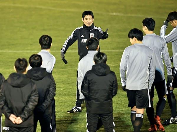 アジアカップに向けた日本代表の合宿が始まった=共同