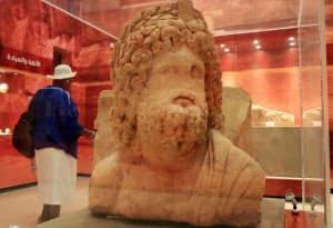 ナバテア王国の主神「ドゥシャラ」の像