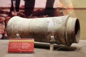紀元前1世紀から紀元1世紀ごろ、泉から古代都市ペトラの中心部へ水を供給していた陶製水道管