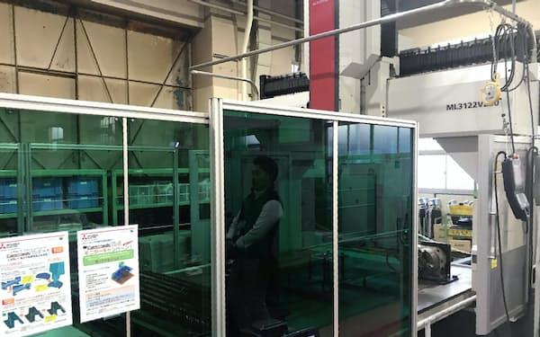 三菱電機は加工機の高性能化を進め、受注増に取り組んでいる(名古屋市の名古屋製作所)