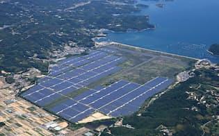 国内で発電プラント建設を強化する(岡山県瀬戸内市のメガソーラー「瀬戸内Kirei太陽光発電所」)