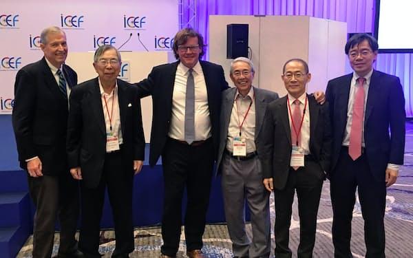 左からエドモンズ氏、筆者、ビクター氏、1人おいて李IPCC議長