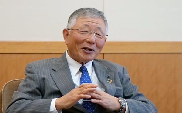 久和会長は地域振興のための連携に意欲を示した(富山市)
