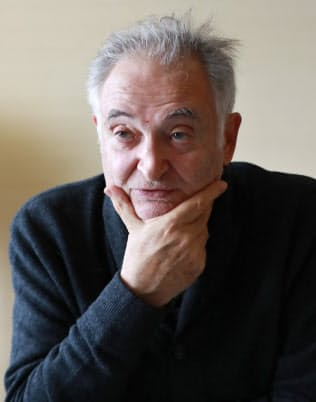 Jacques Attali 大統領特別顧問に就くなど仏政府の要職を歴任。著書に「21世紀の歴史」など。