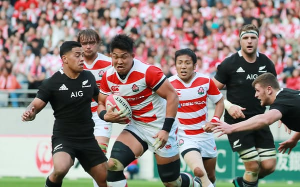 W杯8強に向け日本代表は自ら考え、動かす集団に変わりつつある