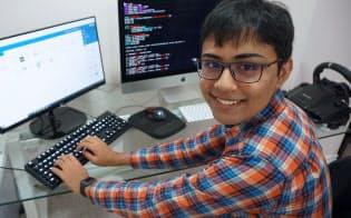 15歳のタンメイ・バクシ君。AIを使って個人に最適化する教育を考える(カナダ・トロント)