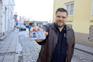 エストニアでは国民IDで、ほとんどの行政手続きをオンライン上でできる