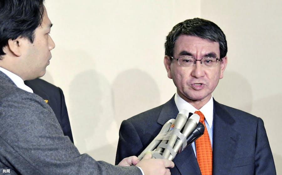 河野外相、韓国側に善処要求 元徴用工問題で: 日本経済新聞