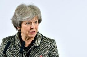 メイ英首相は下院での離脱案承認を目指すが、賛成票が積み上がらない=ロイター