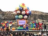 ピクサー映画のキャラクターが参加型のショーに登場する(11日の開催に先立ち、10日に報道陣に公開されたショー)