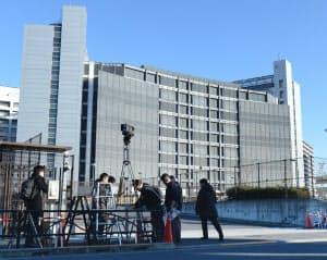 ゴーン元会長の勾留期限を迎えた東京拘置所(11日、東京都葛飾区)