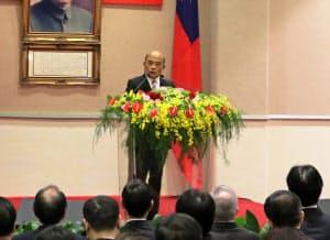 14日に就任した蘇貞昌・新行政院長は蔡英文政権を浮揚させる重責を担う(14日午前、台北市内)