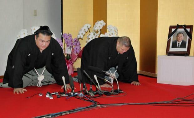 2011年11月、大関に昇進。口上を述べた(福岡市東区)