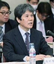「毎月勤労統計」の不適切調査について開いた総務省統計委員会で発言する西村委員長(17日午前、東京都新宿区)