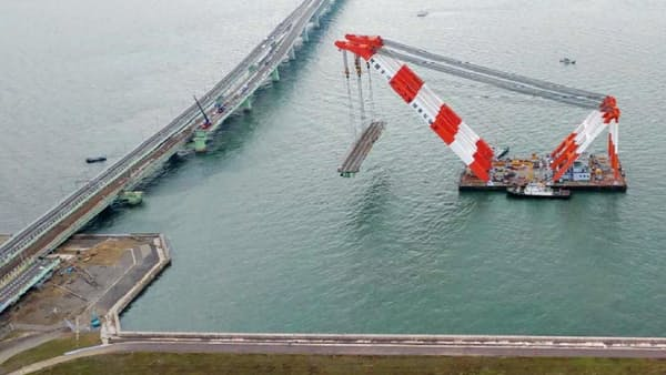 関空連絡橋、対面通行3月に解消 上下2車線に