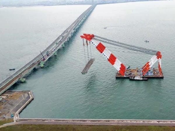 関空連絡橋は空港に向かう下り線の橋桁が2018年9月に撤去された