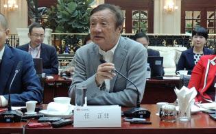 18日、中国・広東省深圳市の本社で取材を受ける、華為技術(ファーウェイ)創業者の任正非・最高経営責任者(CEO)