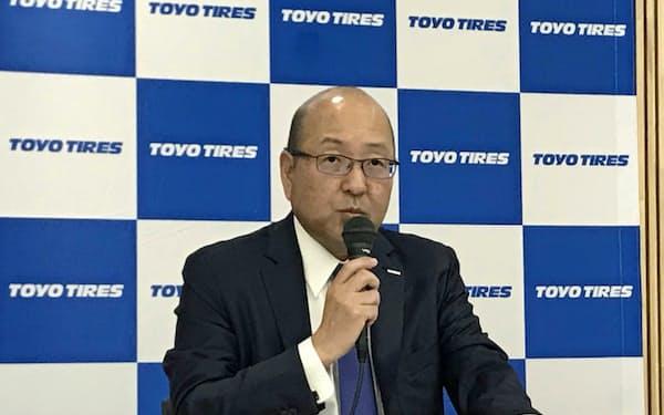 清水社長は社名変更を「第二の創業」と位置付ける(2018年11月、兵庫県伊丹市)