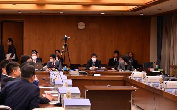 松井一郎知事らが離席した法定協議会(23日午前、大阪市)