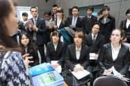 就活市場では外国人学生がライバルに