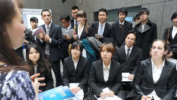 在留資格、優遇大学を拡大 外国人材の地方分散促す