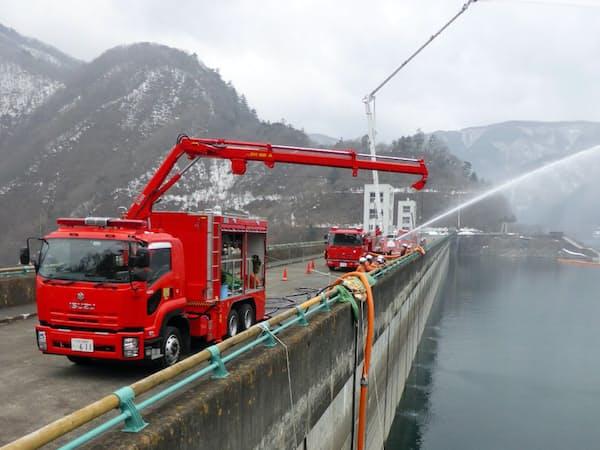 帝国繊維は火災消火用の大量送水システムなど防災関連製品を扱う