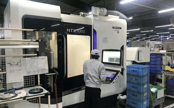 豊国工業はDMG森精機の複合加工機で新しい部品を試作する(愛知県豊橋市)