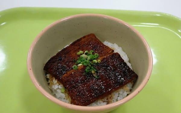 新潟大学が28日から学食で発売する「うな次郎丼」