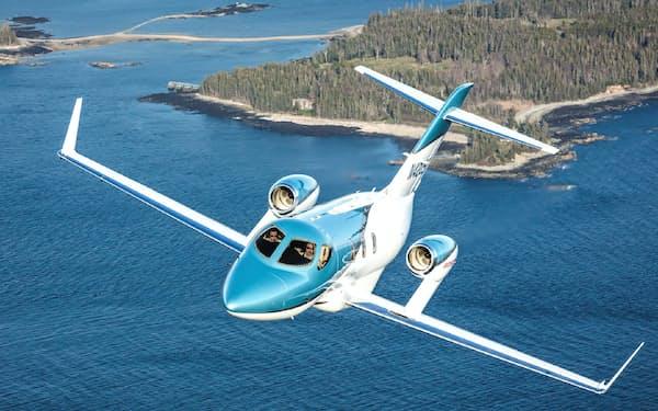 約7億円で新型機を購入し、パイロット候補者も2人採用した
