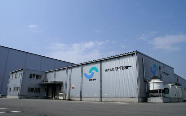 アイスの生産能力を増強するセイヒョーの新潟工場(新潟市)