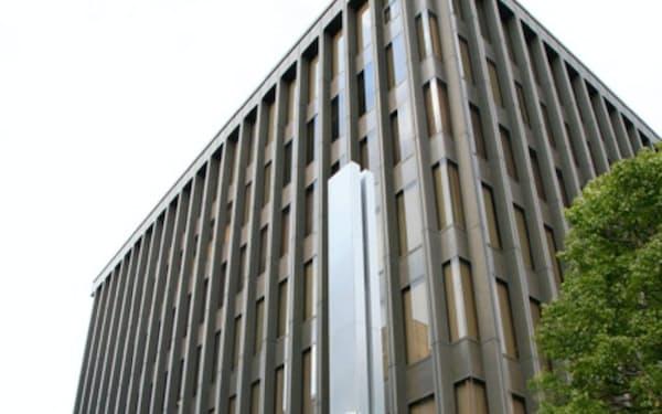 千葉興業銀行は10年ぶりに頭取が交代する(千葉市内の本店)