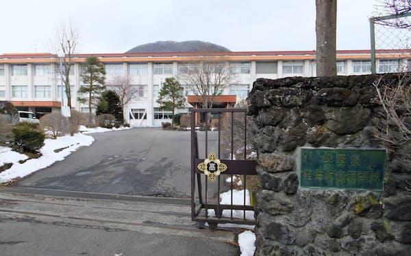 軽井沢町が学習センターを開設する軽井沢高校