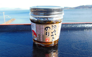香川県産のカキとノリ、しょうゆを使用した