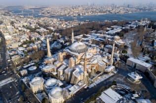 トルコは歴史遺産や保養地など観光資源が豊富(1月、イスタンブール)=アナトリア通信提供