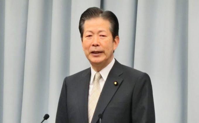 局長級更迭「当然の対応」 公明代表、政治家責任も言及: 日本経済新聞