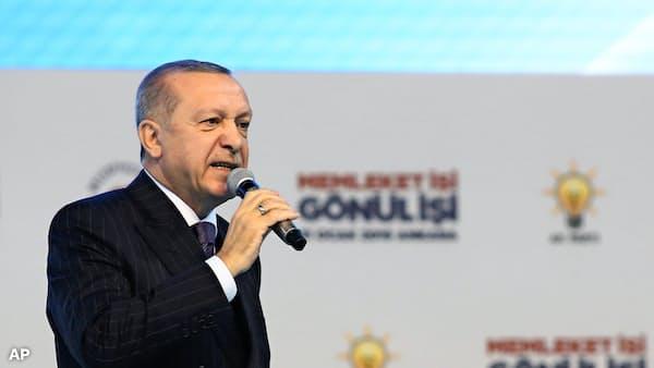 「米の沈黙理解できぬ」 記者殺害でトルコ大統領