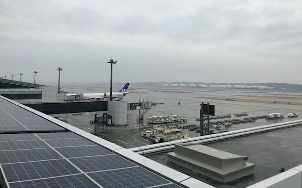 発着時間の延長で羽田空港などとの空港間競争に備える(成田空港)
