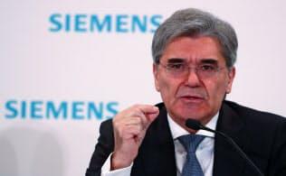 シーメンスのケーザー社長は1月30日、「欧州の鉄道の未来を決めるのが後ろ向きな官僚か、未来志向の欧州人か見守りたい」と欧州委を挑発した=ロイター