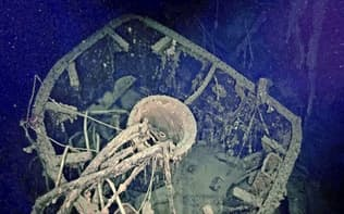南太平洋ソロモン諸島沖で見つかった旧日本海軍の戦艦「比叡」の一部(PAUL G.ALLEN'S VULCANINC提供)=共同