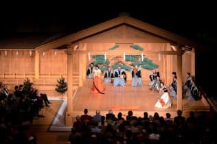「葵上(あおいのうえ)」の舞台(6日、パリ)(C)KOS―CREA